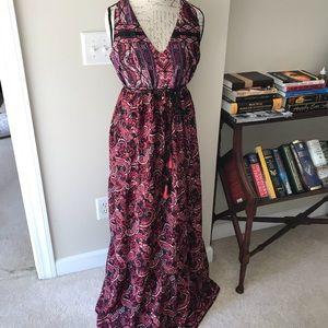 Jessica Simpson maternity dress size medium.